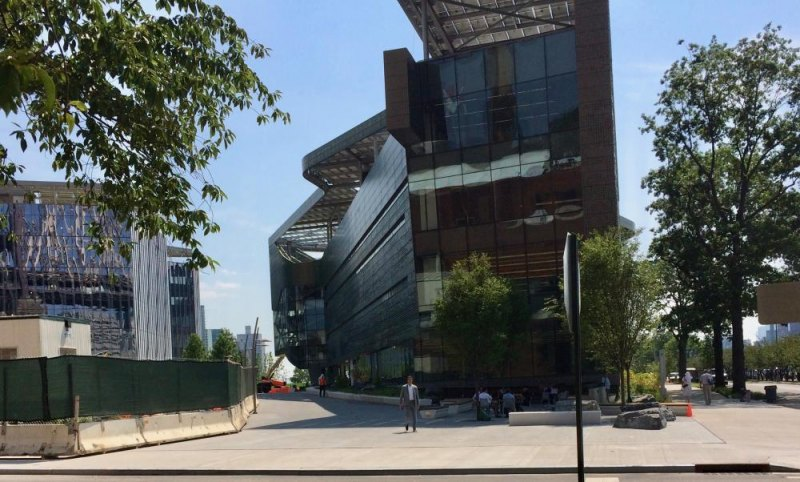 Yes, you can now walk from Main Street straight onto the Cornell Tech campus.