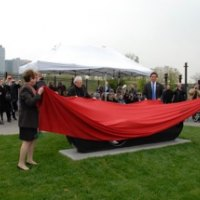 Susan Rosenthal and Ben Kallos Help Gustav and Ulla Kraitz With the Unveiling