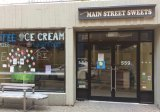 If plans are brought to fruition, the vacated Main Street Sweets will house a bubble tea emporium.