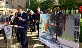 NYPL President/CEO Tony Marx  MC-ed the groundbreaking ceremony for the new Roosevelt Island library, set to open next year.