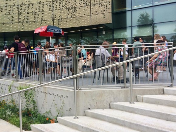 The café at Cornell Tech grilled for hundreds.
