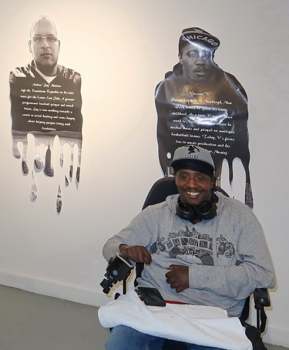 Artist/Poet Vincent Pierce with his likeness...