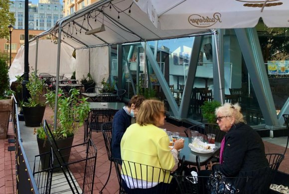 Nisi prepares for fall reopening, weatherizing outdoor seating with tent coverings and heat lamps.