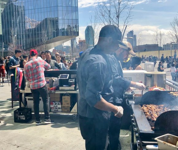 Lines of 50+ for grilled delights at Cornell Tech's café