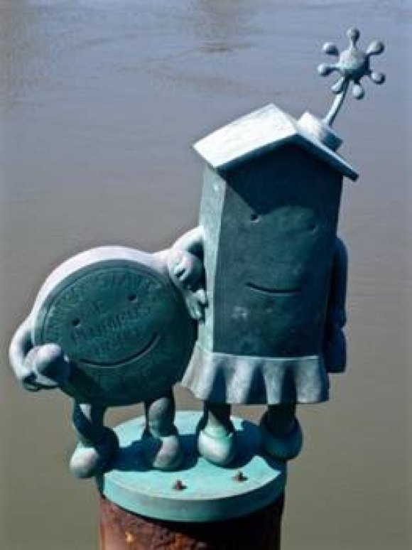 The Marriage of Money and Real Estate, Tom Otterness, East River installation