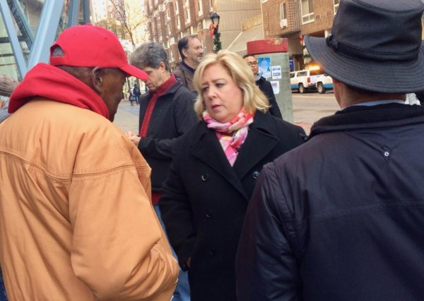 State Assembly Member Rebecca Seawright used the time to chat with constituents.